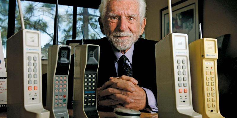Who Invented the Mobile Phone?
